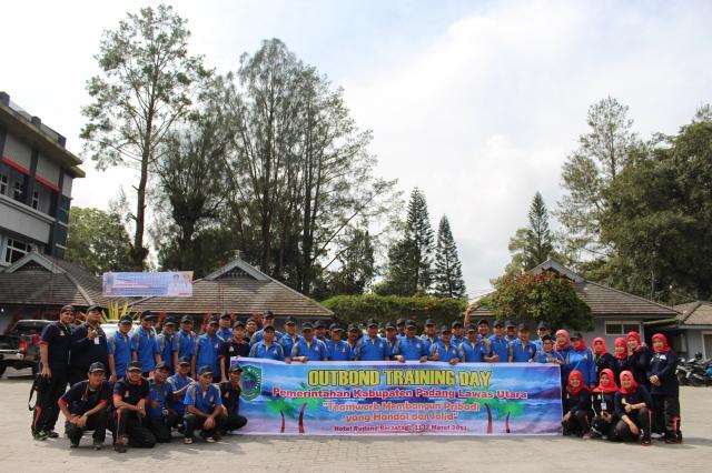 Pelaksanaan Kegiatan Out Bound Pemerintah Kabupaten Padang Lawas Utara